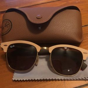 Ray-Ban Wooden Clubmasters